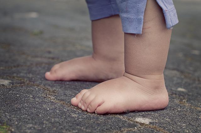 pies niño