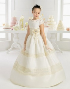 vestido de comunión clásico